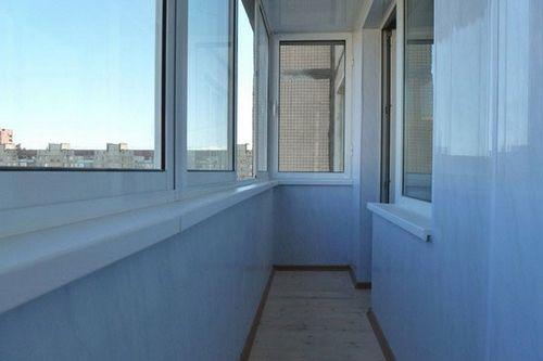 Чем лучше обшить балкон внутри: 6 лучших материалов + пошаго.