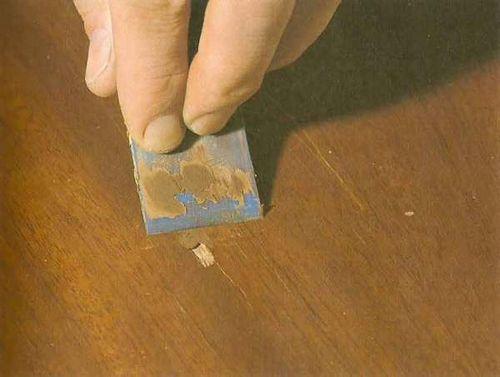 Как покрасить мебель: видео-инструкция по окраске своими руками, особенности покраски лакированных, шпонированных, ротанговых, лаковых, полированных изделий, какой краской лучше, цена, фото