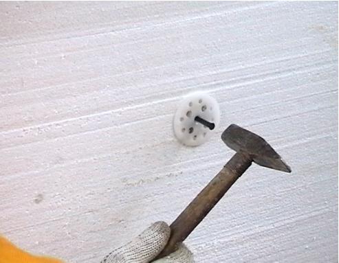 Штукатурка дома снаружи: видео-инструкция как штукатурить своими руками, чем лучше, фото