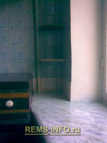 Замена пластикового подоконника на деревянный: добавляем столешницу на кухне