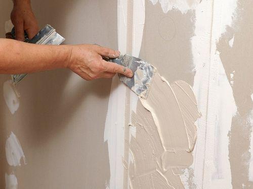 Какой должна быть толщина штукатурки по кирпичу, газобетону, бетону, пенопласту или гипсокартону? Минимальный слой штукатурки цементной, гипсовой, глиняной