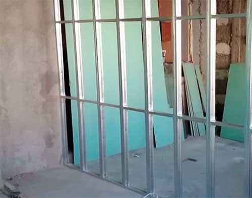 Балконные перегородки от соседей из пеноблоков и гипсокартона своими руками