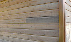 Чем обшить деревянный дом снаружи - инструкции по оформлению!