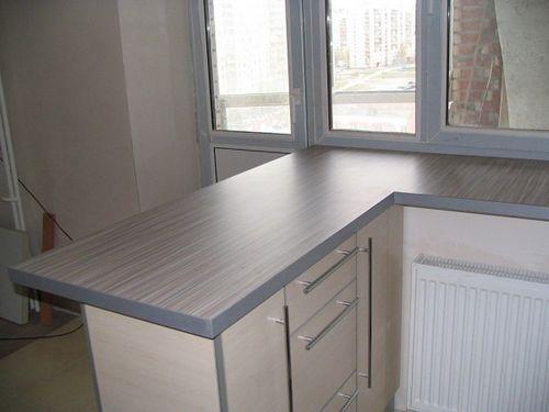 Как из подоконника сделать стол: письменный или кухонный?