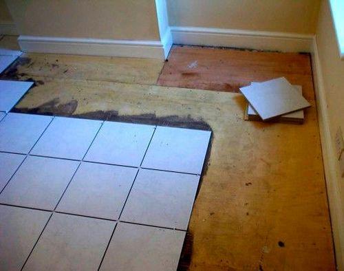 Как класть плитку на пол