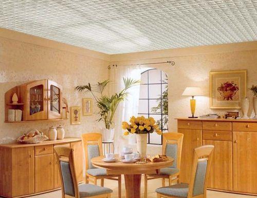 Как клеить пенопластовую плитку на потолок. Укладка плитки из пенопласта и бесшовной плитки
