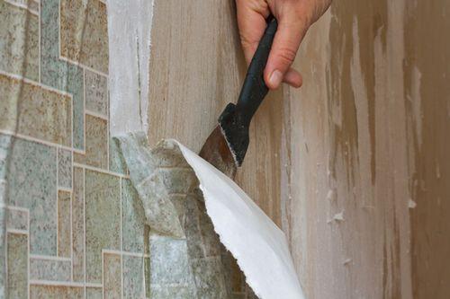 Как клеить самоклеящуюся пленку для стен