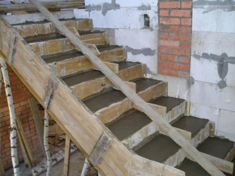 Как сделать лестницу в погреб (подвал) своими руками