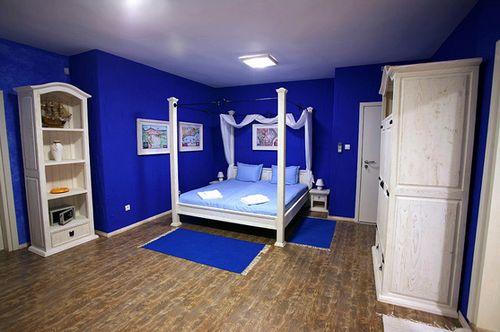 Какие обои выбрать для спальни