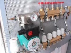 Коллектор для теплого водяного пола своими руками: сборка, установка