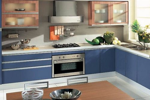 Кухня в стиле хай-тек: советы как обустроить в стандартной квартире