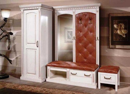 Мебель для прихожей из массива дерева: сосна и дуб, фото из береза классическая