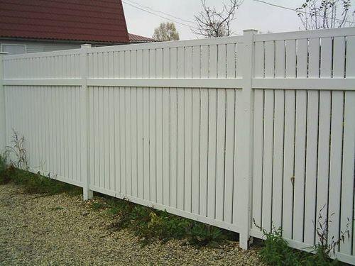 Пластиковый забор: фото, из пвх