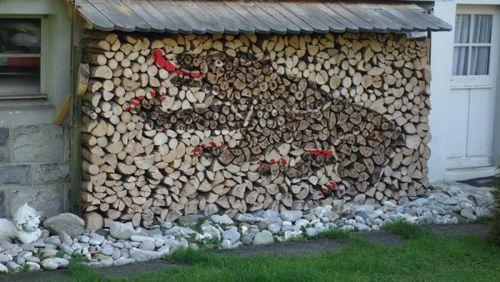 Поленница для дров своими руками с фото или как правильно складывать дрова
