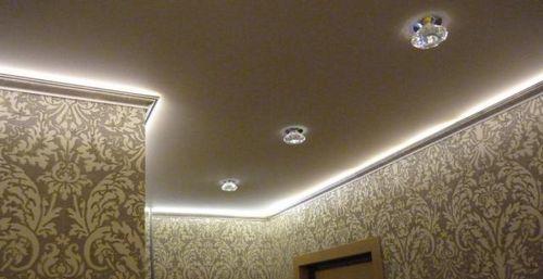 Потолки в коридоре с подсветкой - варианты обустройства