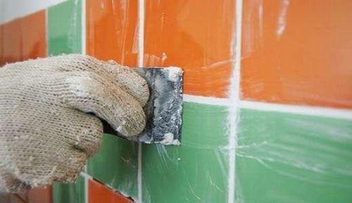 Правила укладки плитки на стену - Видео