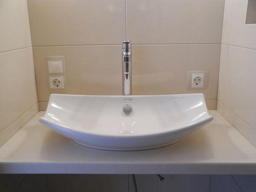 Размеры раковины для ванной комнаты: умывальники на пьедестале, стандартная ширина, с тумбой второй величины, габариты ракушки