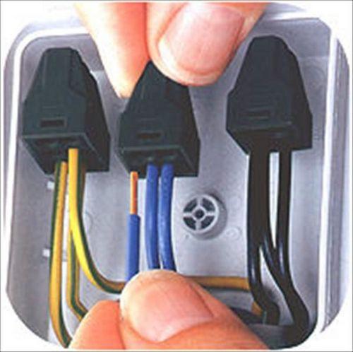 Соединение проводов в распределительной коробке: схема, фото, видео инструкция