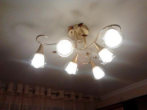 Светодиодные лампы для люстры - преимущества и недостатки