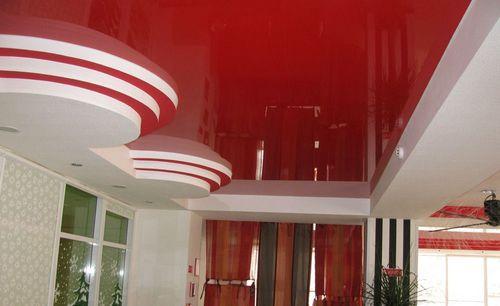 В какой цвет покрасить потолок?