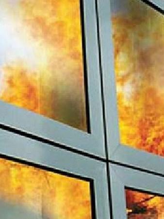 Защитная пленка на окна ПВХ, цены на пленку, установка и снятие пленки с окон